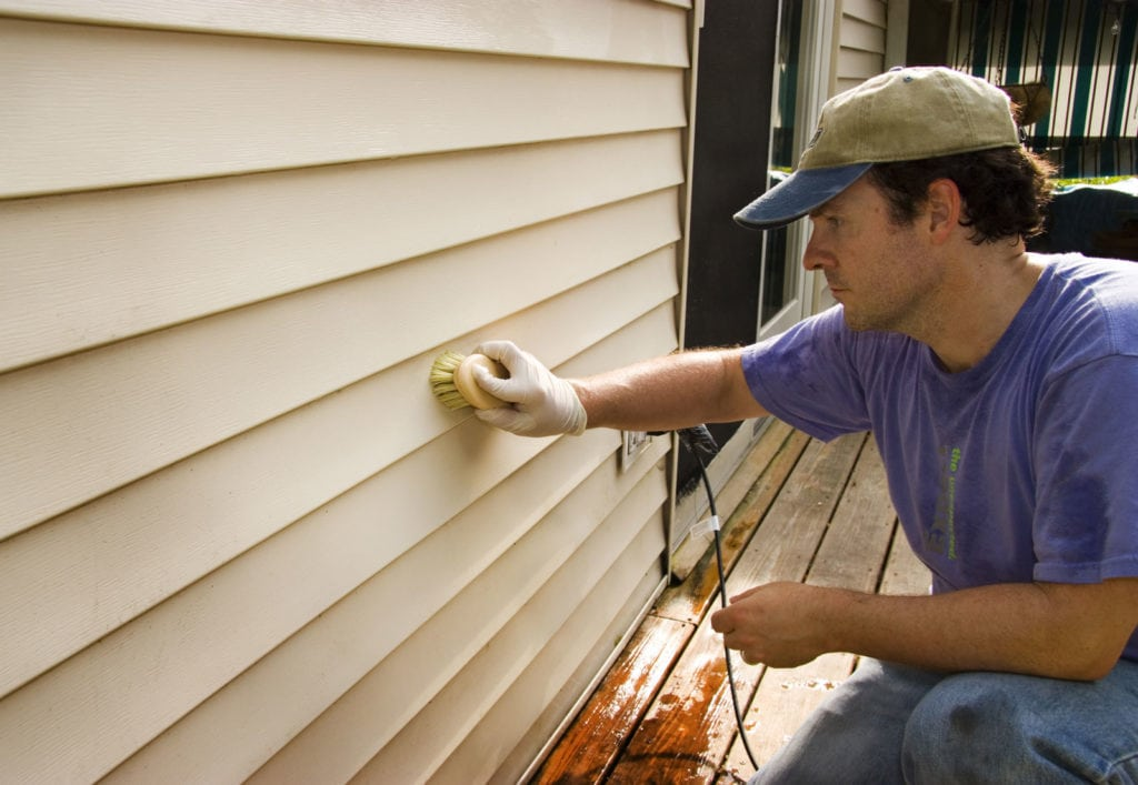 Cleaning Your Vinyl Siding